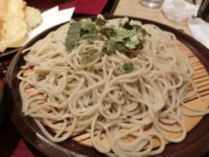 ざるそば (zarusoba), soba noodles
