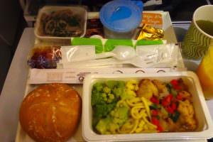 finnairの機内食のスパゲッティ