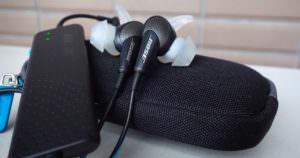 飛行機内の騒音が快適になるおすすめイヤホンはBOSE(ボーズ)のノイズキャンセリングイヤホンで決まり!