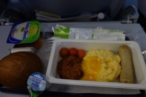 機内のおいしい朝食