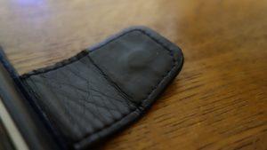 磁石付きフリップ式のスマホケース