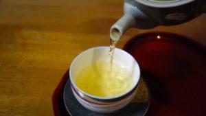 1日に飲む適切な量の緑茶