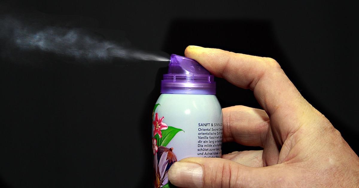 スプレー缶の使用法と保管法、処分法を間違えるとものすごく危険