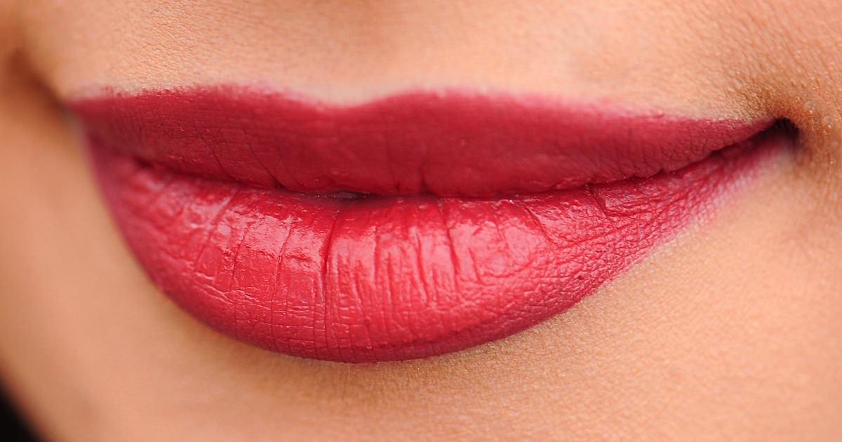 外国人の美しい唇は素敵