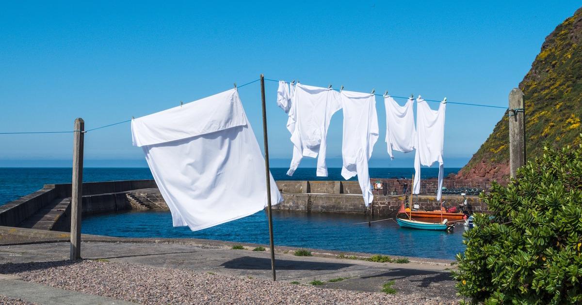 洗濯をするときは要注意!ヨーロッパでは熱いお湯で洗濯ができるが、日本では高温で洗濯してしまうと、洗濯機が壊れてしまう可能性がありますよ!