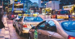 危険な海外のタクシーには犯罪や詐欺が多発