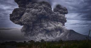火山噴火による超危険な環境汚染と有害物質