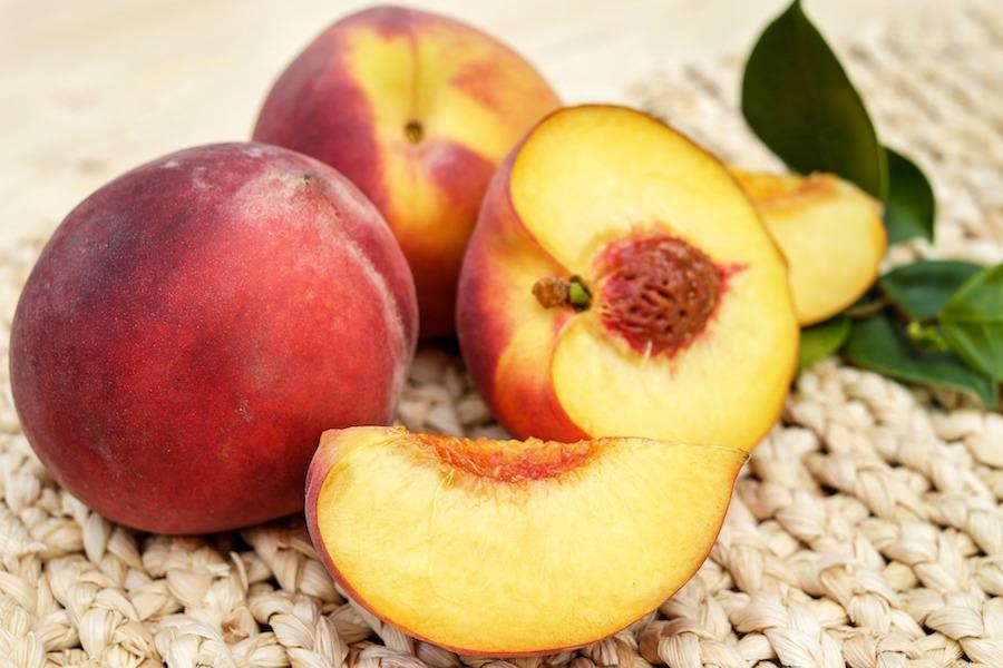 桃が美味しいですね