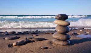 石で作るスゴ技ロックバランシングがスゴすぎる