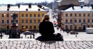 フィンランドの有名な観光地、ヘルシンキ大聖堂の階段からの写真